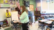 Teacher manages instructional groups - Example 4